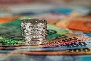 ניהול הוצאות והכנסות במשק הבית